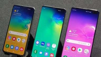 Galaxy S10e (trái), Galaxy S10+ (phải) đang được giảm giá. Trong khi Galaxy S10 (giữa) hết hàng. Ảnh: GSMchoice.