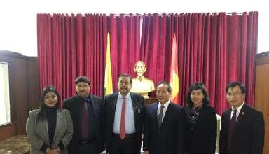 Thứ trưởng Bộ Công Thương Cao Quốc Hưng làm việc vớiPhòng Thương mại và công nghiệp các Nhà nhập khẩu Ấn Độ.