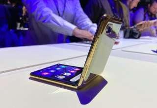 Galaxy Z Flip tạo được sự khác biệt so với các model đang có trên thị trường. Ảnh: Quốc Huy.