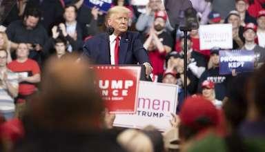 Tổng thống Mỹ Donald Trump phát biểu vận động tranh cử tại bang New Hampshire ngày 10/2. (Nguồn: Getty Images)